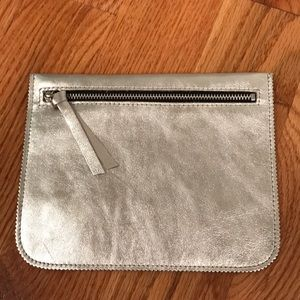 New Leah Lerner silver leather zip pouch soft